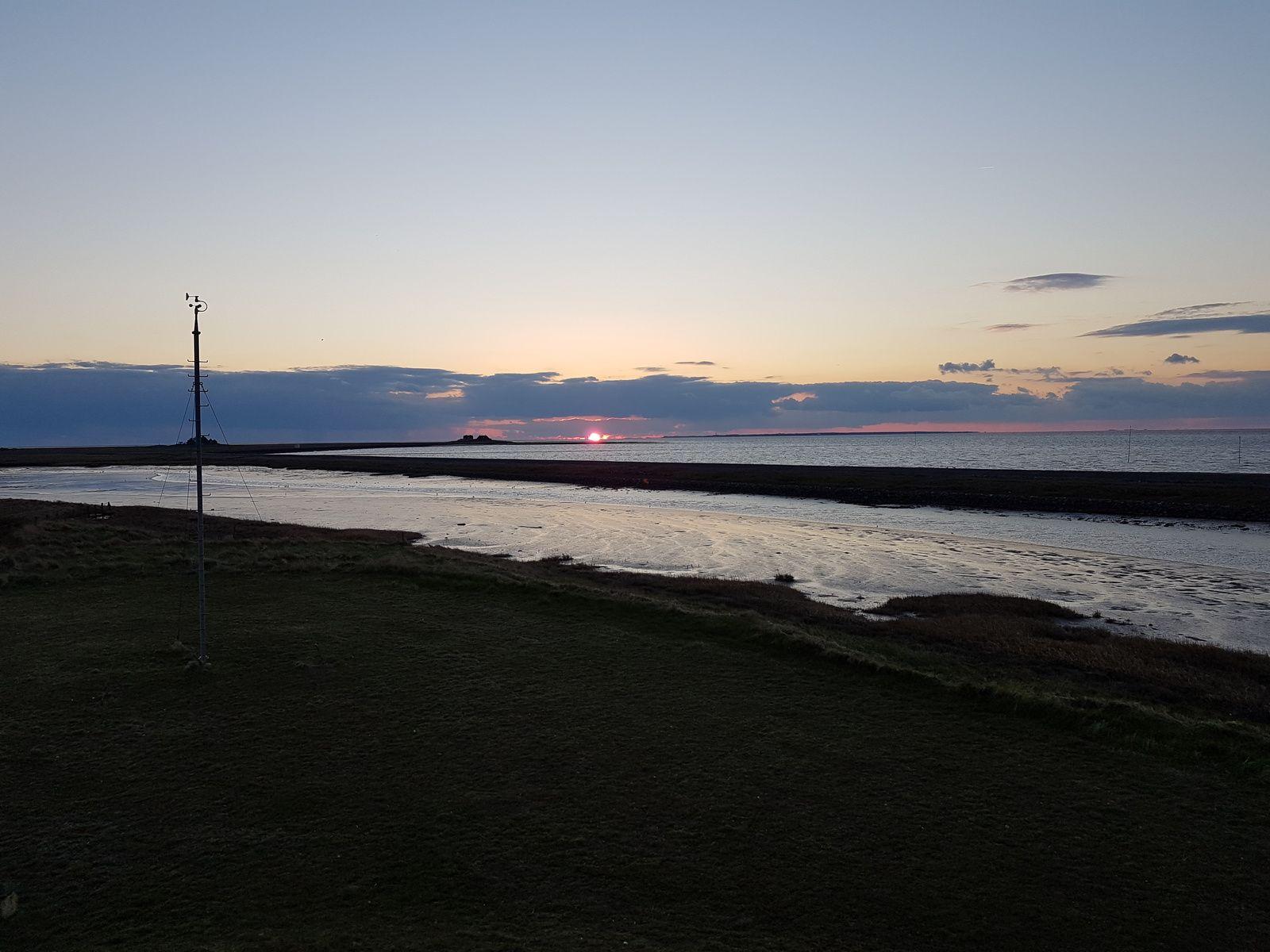 Sonnenuntergang am Wattenmeer